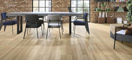 Panele podłogowe jak dąb, czyli podłoga dla miłośników dębowych desek.